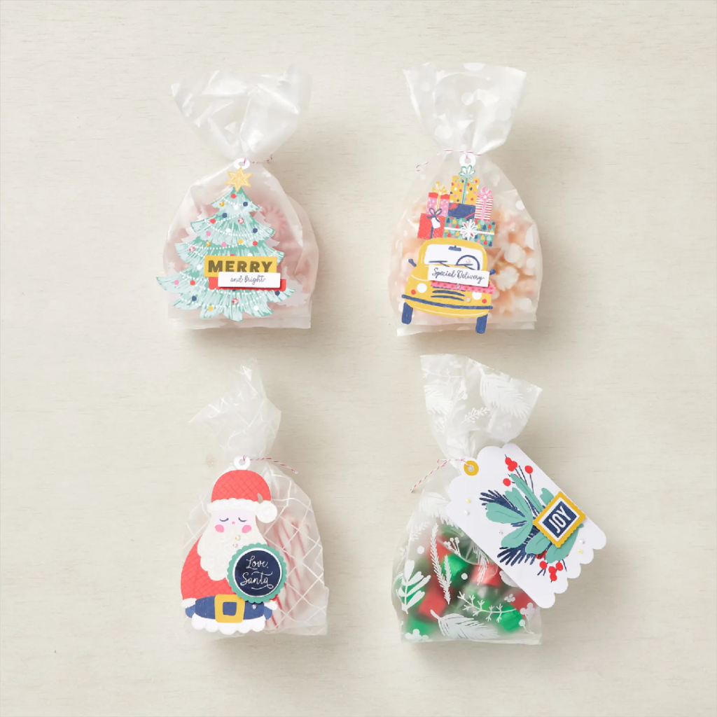 The Love Santa Kit. Oversized Christmas tags featuring cute Christmas images. Plus the coordinating gift bags. Together these items make the Love Santa Project Kit